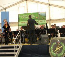 Darja Švajger z orkestrom