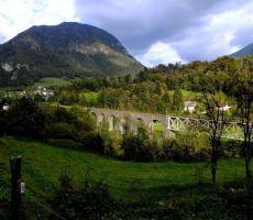 še en pogled na most in na Koriško goro...