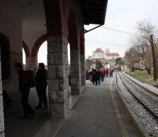Pred prihodom vlaka