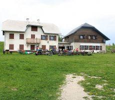 Planinski dom na Plešivcu