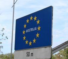 Preko mostu na avstrijsko stran
